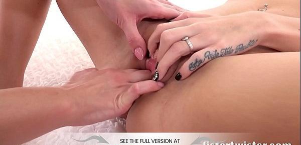 tiny red pinpricks on vagina