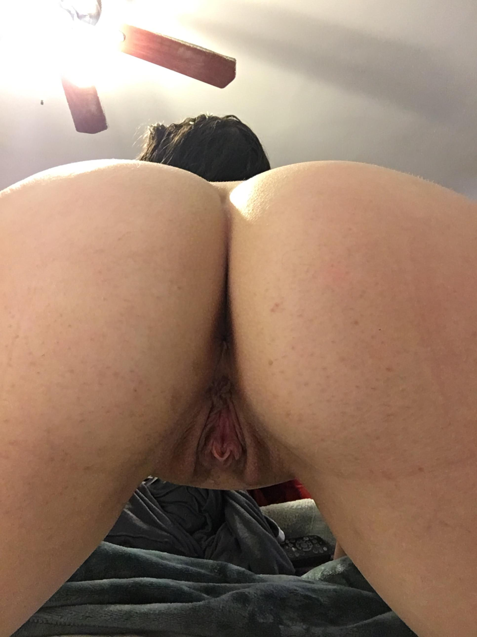 hairy beauty anal milf