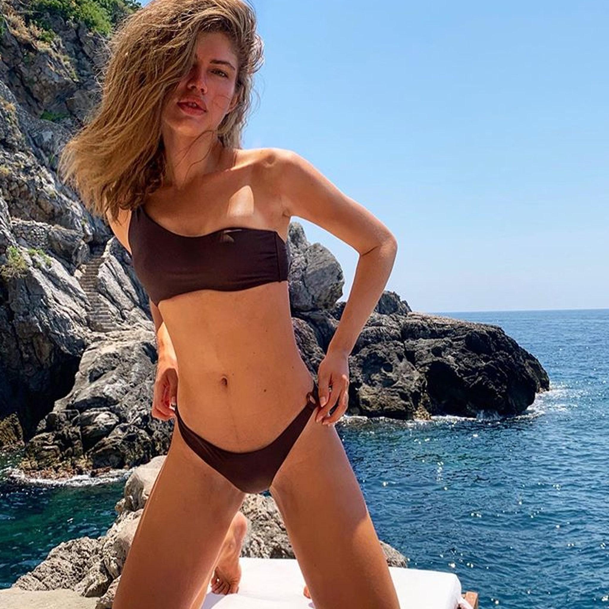 alissa milano lesbian