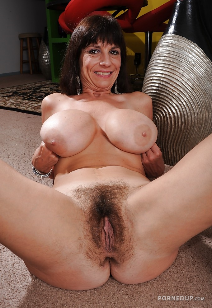 huge cocks masturbating